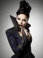 Regina - the-evil-queen-regina-mills photo