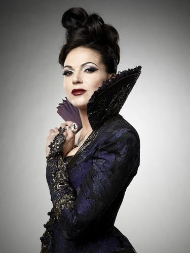 La Méchante Reine/Regina Mills fond d'écran called Regina