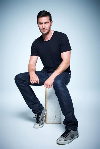Richard Armitage wallpaper possibly with a pantleg, a well dressed person, and slacks called Richard Armitage