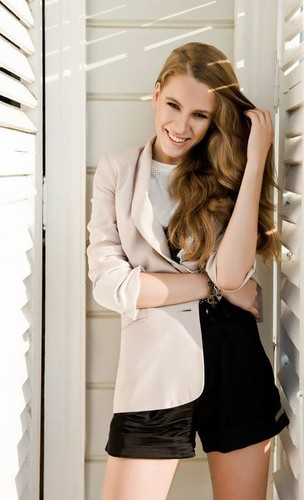 Serenay Sarikaya wallpaper called Serenay Sarikaya ♥