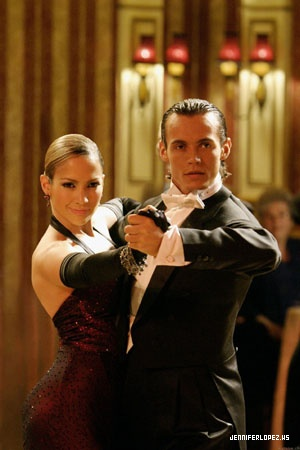Jennifer Lopez wallpaper with a business suit entitled Shall we dance - 2004