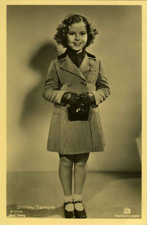 Shirley Temple as Betsy Brown