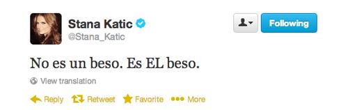 Stana's twitter about Caskett kiss