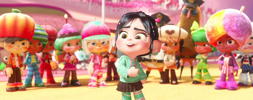 Wreck-It Ralph वॉलपेपर entitled Vanellope and Sugar Rush Racers