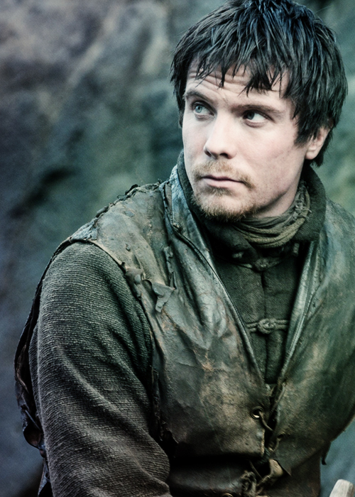 http://images6.fanpop.com/image/photos/35300000/got-game-of-thrones-35392337-500-700.jpg