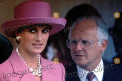 Princess Diana achtergrond containing a fedora, a snap brim hat, and a boater called princess of wales