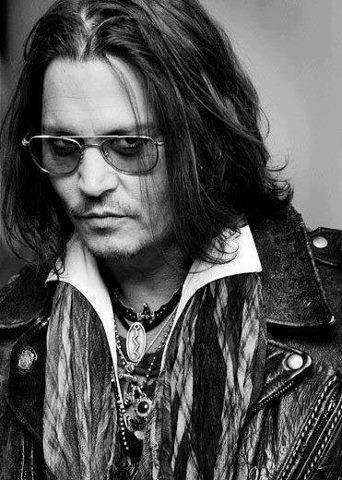 Johnny Depp wallpaper entitled ♥ Johnny ♥