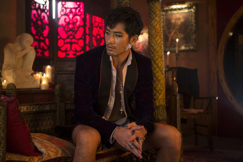 Alec & Magnus fondo de pantalla possibly containing a business suit and a drawing room entitled 'The Mortal Instruments: City of Bones' stills