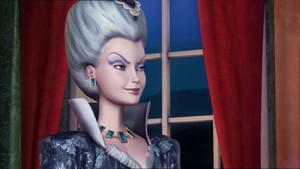 12DP:Rowena's the Queen!