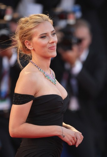 Scarlett Johansson wallpaper entitled 70th Venice Film Festival