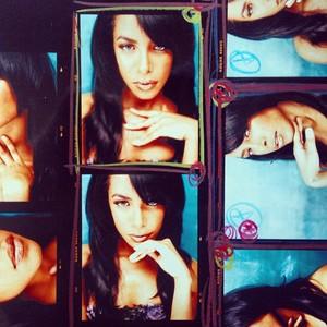 Aaliyah door Jonathan Mannion!