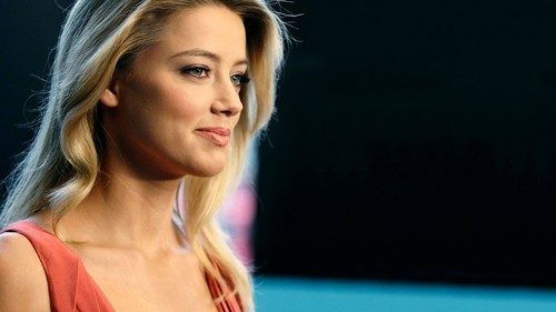 amber heard wallpaper with a portrait called Amber wallpaper