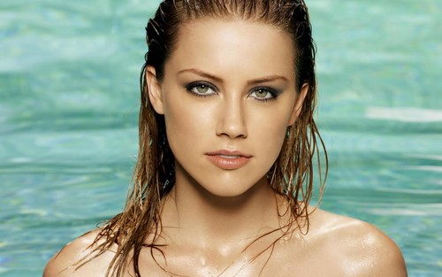 amber heard wallpaper possibly containing a bikini, a portrait, and skin titled Amber wallpaper
