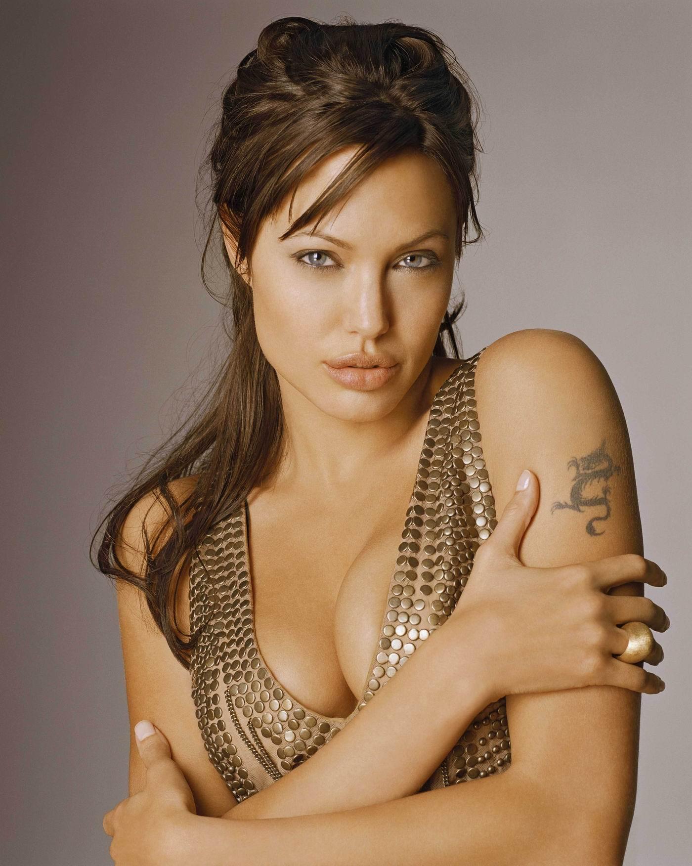 نتيجة بحث الصور عن 2. أنجلينا جولي