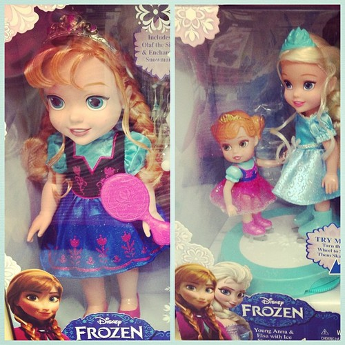 Anna and Elsa Toddler Dolls - frozen Photo