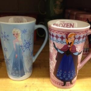 Anna and Elsa mugs