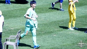B.A.P at MBC Idol 星, つ星 Athletics Championship (130903)