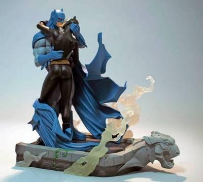 ব্যাটম্যান & Catwoman - চুম্বন Statue