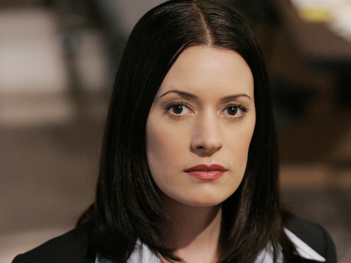 Emily Prentiss 壁纸 probably with a portrait titled Emily Prentiss