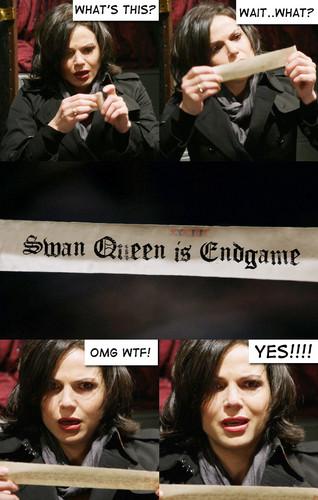 Regina et Emma fond d'écran probably containing a newspaper, a business suit, and animé titled Endgame