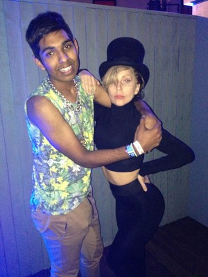 Gaga Backstage At Roundhouse In Лондон (Sept. 1)