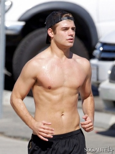 Garrett Clayton: Shirtless Jog in Santa Monica - garrett-clayton Photo