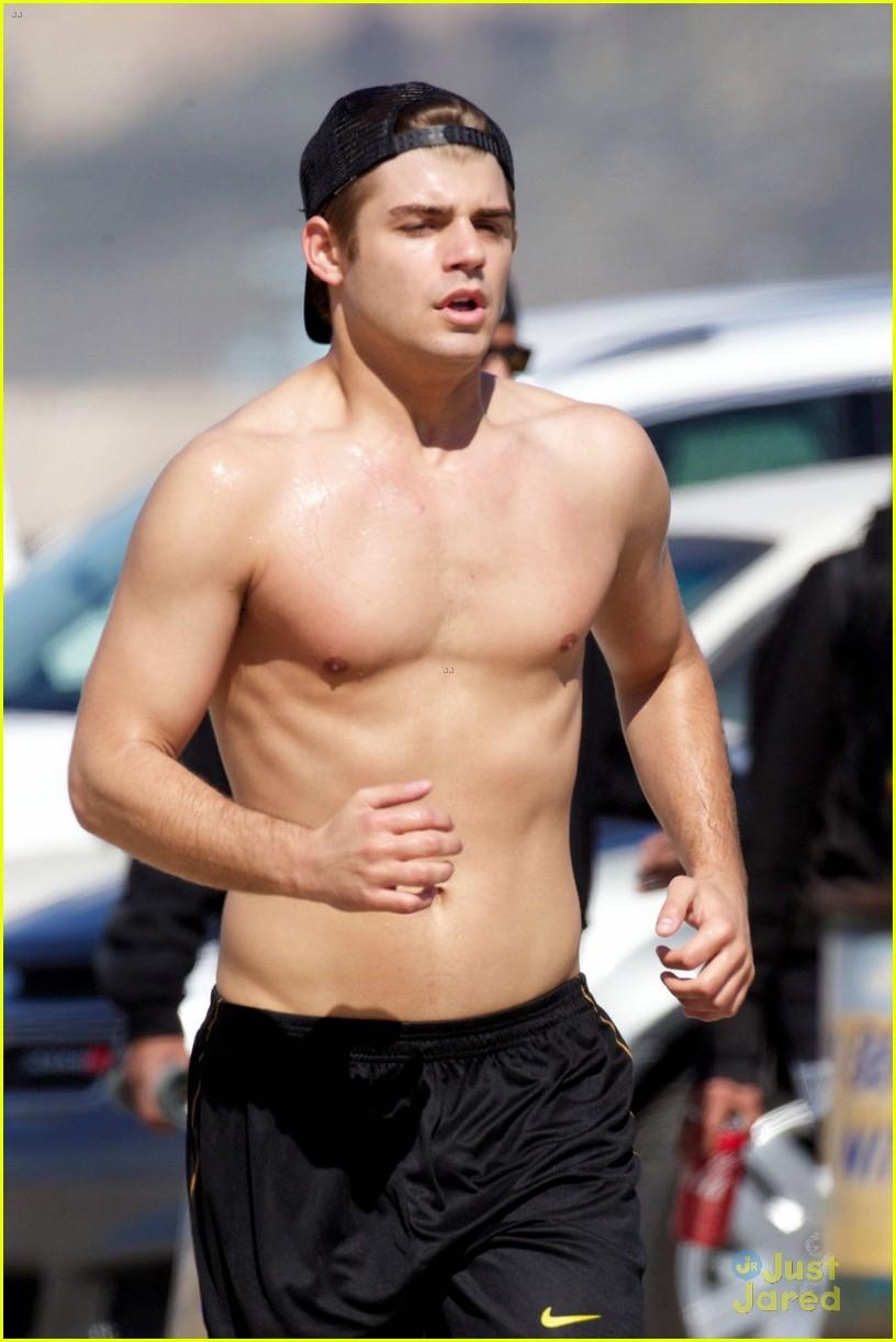 Garrett Clayton Shirtless Jog Santa Monica Photo on Zac As Teddy