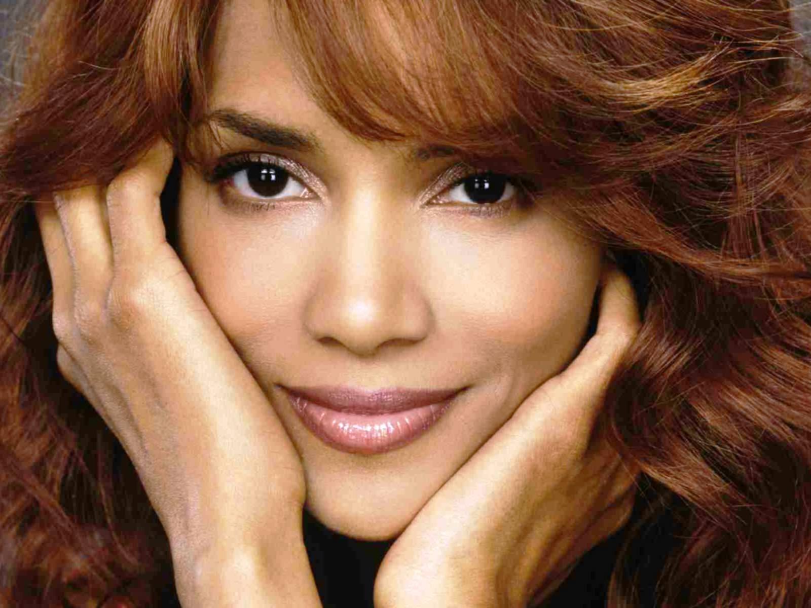 beautiful female celebrities wallpapers - photo #1