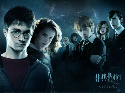 Harry Potter karatasi la kupamba ukuta possibly with a portrait titled Hp