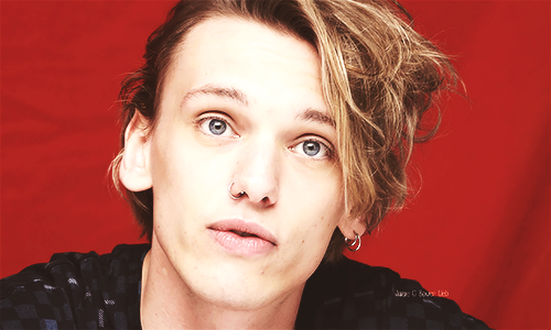 Jamie Campbell Bower wallpaper with a portrait entitled Jamie <3