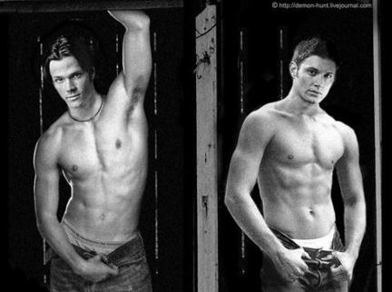 Wincest wallpaper containing a six pack, a hunk, and swimming trunks entitled Jensen/Jared