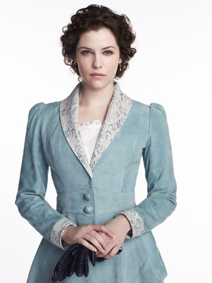 Jessica De Gouw as Mina Murray