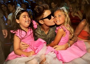 Justin Bieber and Sophia Grace and Rosie