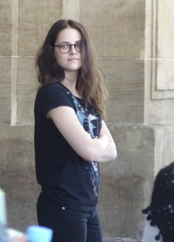 Kristen on set of Sils Maria