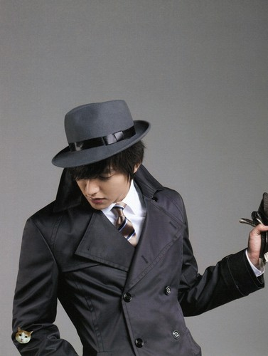 Lee Min Ho wallpaper probably containing a fedora, a business suit, and a well dressed person called Lee Min Ho ~ Trugen Fashion