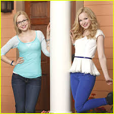 Liv and Maddie দেওয়ালপত্র probably containing tights and a leotard titled Luv liv and maddie