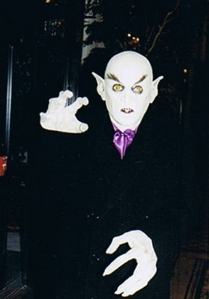 MICHAEL AS NOSFERATU 1995