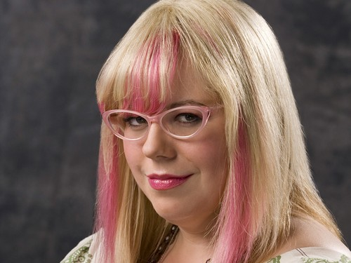 Esprits Criminels fond d'écran containing a portrait entitled Penelope Garcia