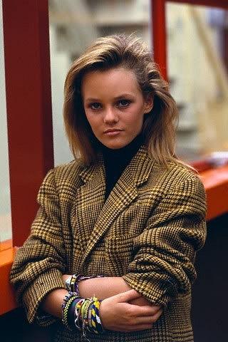 Photoshoot (1987-1988) - Vanessa Paradis Photo (35401414 ...  Vanessa