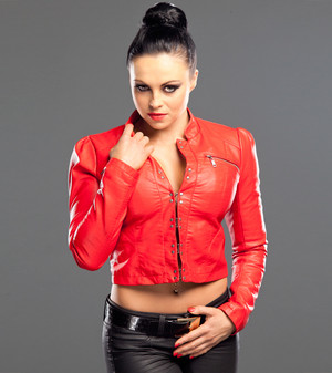 Pretty Evil Things: Aksana