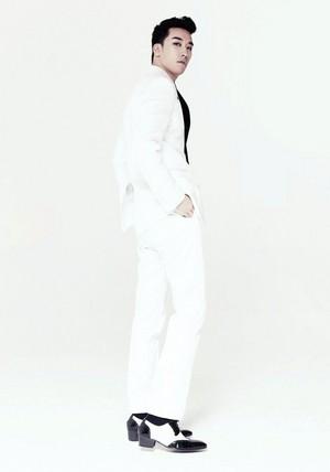 SEUNGRI 2nd Mini Album [LET'S TALK ABOUT LOVE] Promo
