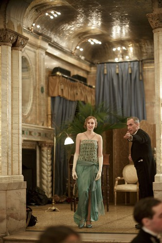 Downton Abbey پیپر وال possibly with a drawing room entitled Season 4