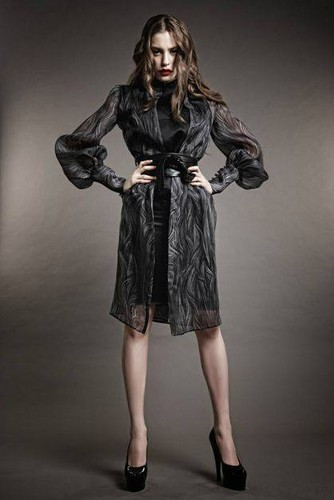 Serenay Sarikaya 바탕화면 with a box coat, an outerwear, and an overgarment titled Serenay Sarikaya as a model ♥