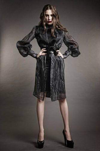 Serenay Sarikaya 바탕화면 containing a box coat, an outerwear, and an overgarment titled Serenay Sarikaya as a model ♥