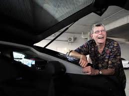 Stephen King wallpaper possibly with an automobile entitled Stephen KIng