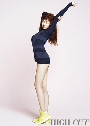 Sunmi for 'High Cut'!