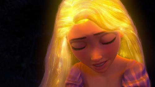 Disney Songs karatasi la kupamba ukuta called Tangled - Healing Incantation