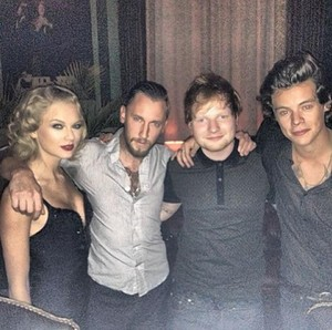 Taylor Swift, Harry Styles party together after MTV VMAs