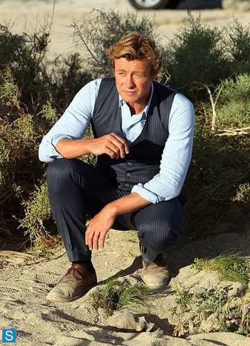The Mentalist wallpaper with a business suit entitled The Mentalist - Episode 6.01 - The Desert Rose - Promotional Photos