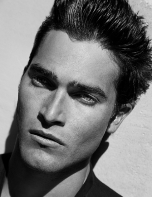 Tyler Hoechlin fond d'écran possibly with a business suit and a portrait titled Tyler Hoechlin